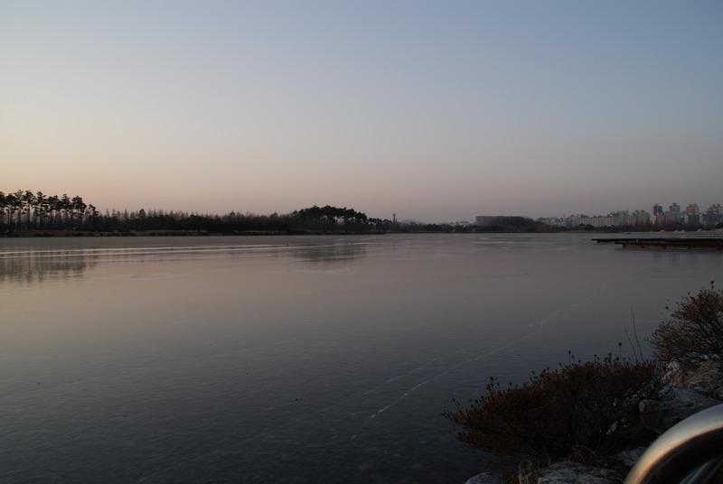 눈 내린 호수공원